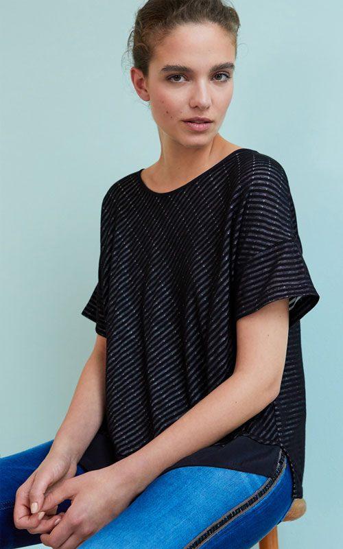 camiseta negra con rallas Amspure Lleida