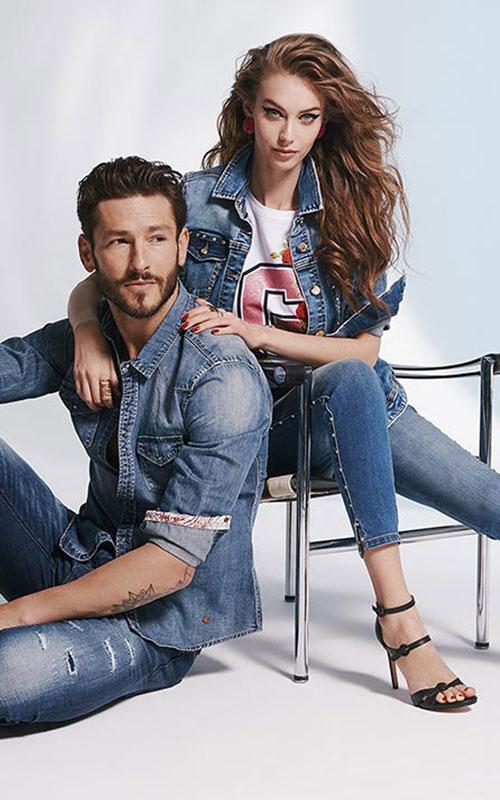 tejano con pedrería de Gaudi Jeans
