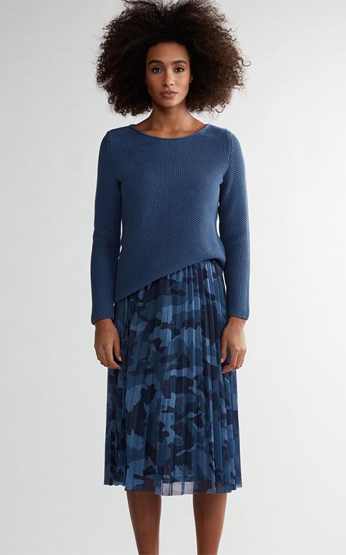 Juclà Jersey lana cuello barco azul Falda plisada mimetizada azul